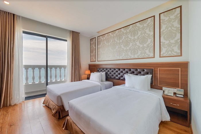 Premier Room seaview with balcony ( Twin )