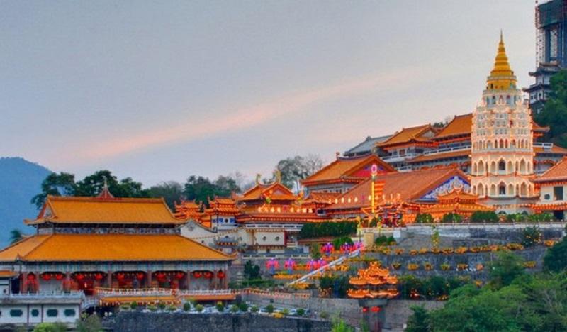 chua-Wat-Chaiya-Mang-Karam