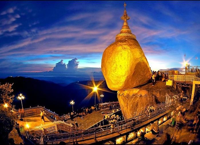 Chùa Núi Vàng
