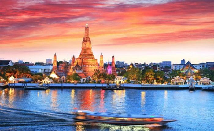 Dạo thuyền trên dòng sông ChaophrayaHuyền thoại